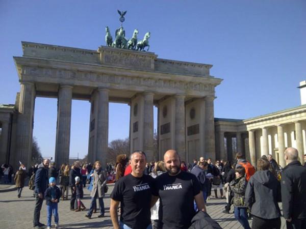 Godo e Isidro. Puerta de Brandenburgo, Berlín, marzo 2014